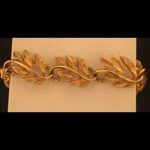 Vintage Napier Gold Tone Bracelet